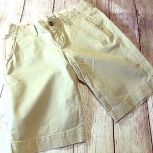 Old navy perfect Bermuda's